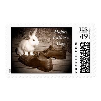 Franqueo lindo feliz del conejito del día de padre sellos