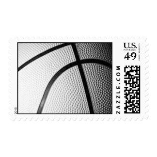 Franqueo negro y blanco del baloncesto sellos postales
