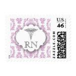 Franqueo púrpura del RN de la enfermera del caduce