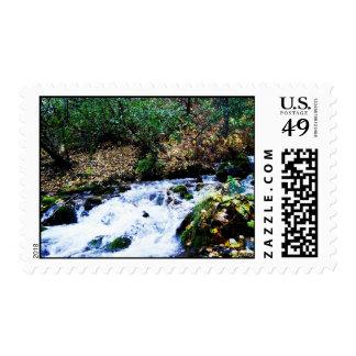 Franqueo rocoso de la cala timbre postal