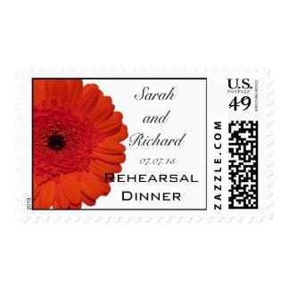 Franqueo rojo de la cena del ensayo del boda de la sellos postales