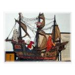 Franscious y postal de la nave de Lennart