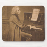 Franz Liszt en el piano Tapetes De Ratón