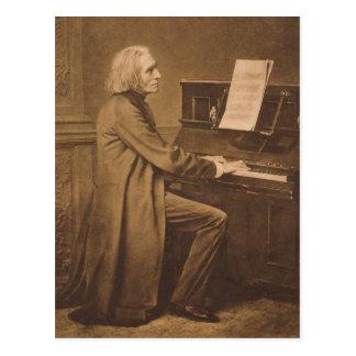 Franz Liszt en el piano Postales
