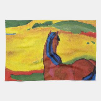 Franz Marc - caballo en un paisaje Toallas De Mano