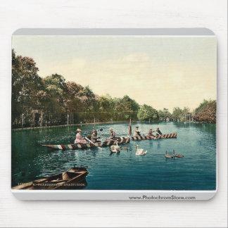 Franzenbad, lago en el parque, Carlsbad, Bohemia,  Tapetes De Ratón