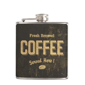 Frasco elaborado cerveza fresco del café
