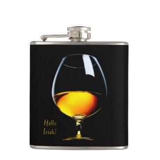 Frasco envuelto vinilo irlandés del whisky petaca