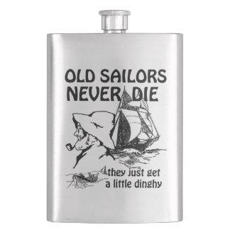 Frasco viejo de la obra clásica de los marineros petaca