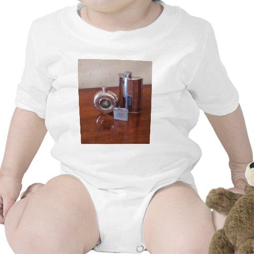 Frascos y encendedor de la cadera del vintage trajes de bebé