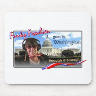 Fraulien enrrollado va a Washington Tapetes De Ratones