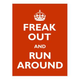 Freak hacia fuera y corra alrededor postales