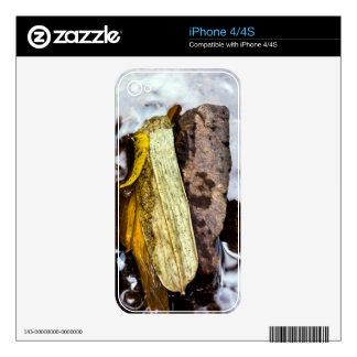 freak iPhone 4S skins