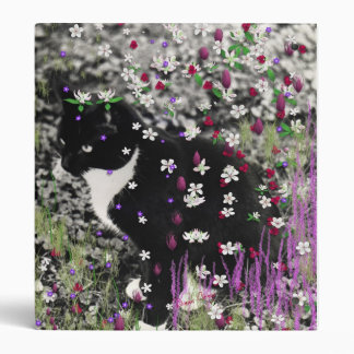 Freckles in Flowers I - Black and White Tux Kitty 3 Ring Binder