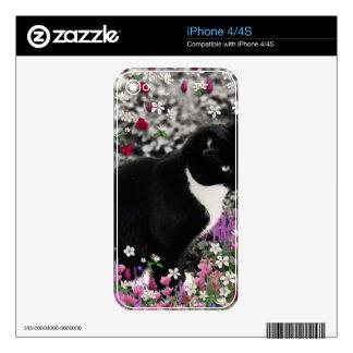 Freckles in Flowers II - Black White Tuxedo Kitty Skin For iPhone 4S