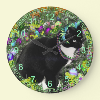 Freckles in the Hunt for Colored Easter Eggs Wallclocks