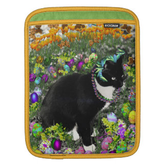 Freckles in the Hunt for Easter Eggs iPad Sleeve