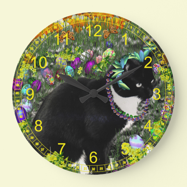 Freckles in the Hunt for Easter Eggs Wallclock