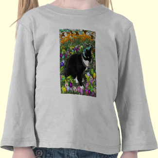 Freckles, Tux Cat, in the Hunt for Easter Eggs T-shirts