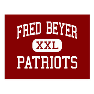 Fred Beyer - patriotas - alto - Modesto California Postales