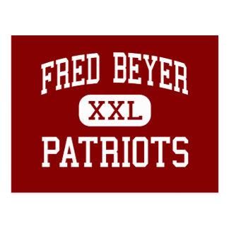 Fred Beyer - patriotas - alto - Modesto California Tarjetas Postales