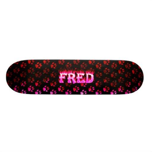 Fred pink fire Skatersollie skateboard.