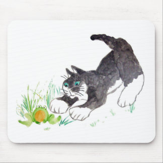 Fred, the cat, Has Found a Hoppy Thing Mouse Pad