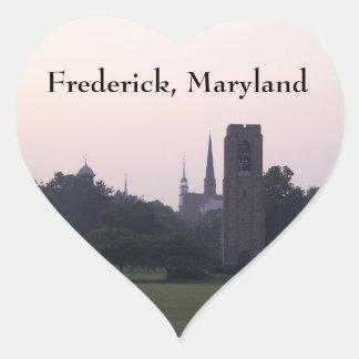 Frederick, corazón de Maryland Pegatina En Forma De Corazón