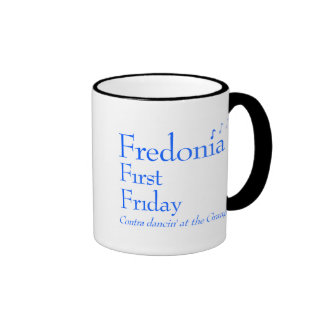 Fredonia primer viernes contra danza taza de café