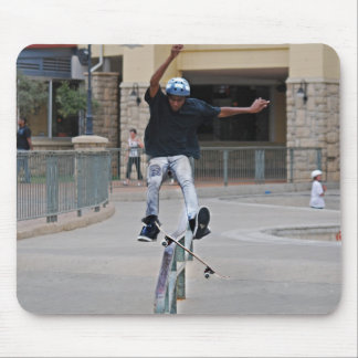 Free Falling Skateboarding Mouse Pad