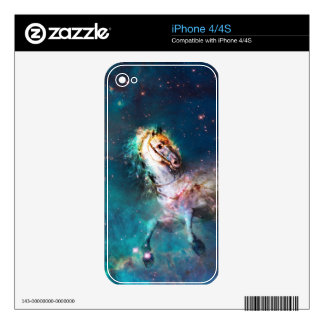 """""""Free of the Carousel"""" iPhone 4 Skins"""