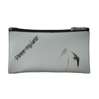 Free Spirit - Barn swallow in flight Makeup Bag