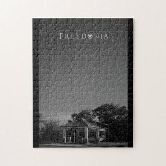 Freedonia Puzzle - Abandoned Gas Station