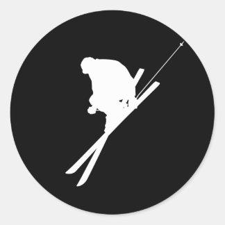 Freestyle skiing round sticker