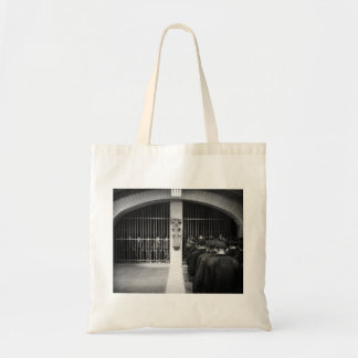 "Freeze Frame - Metropolis: ""Shift Change"" Bag"