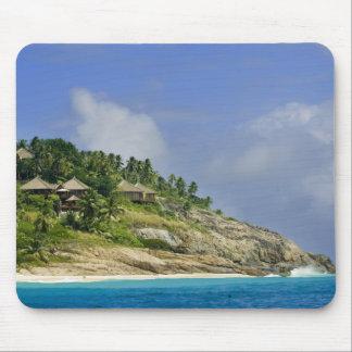 Fregate Island resort PR) Mouse Pad