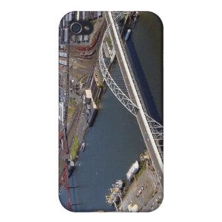 Fremont Bridge in Portland Oregon. iPhone 4 Case