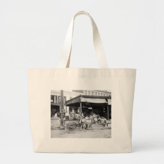 French Market, New Orleans, 1910 Large Tote Bag