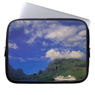 French Polynesia, Moorea. Cooks Bay. Cruise ship 3 Laptop Sleeves