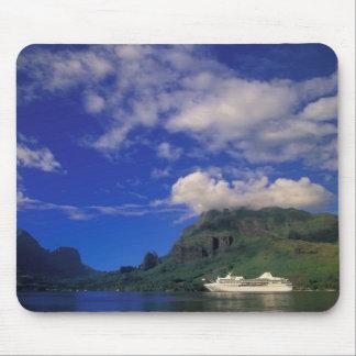 French Polynesia, Moorea. Cooks Bay. Cruise ship 3 Mouse Pad
