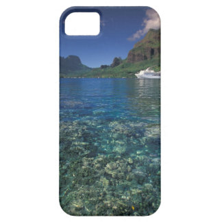 French Polynesia, Moorea. Cooks Bay. Cruise ship iPhone SE/5/5s Case