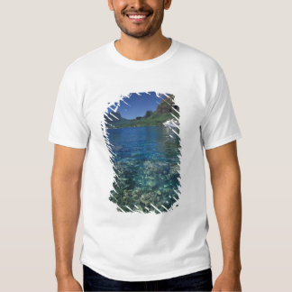 French Polynesia, Moorea. Cooks Bay. Cruise ship Tshirt