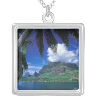 French Polynesia, Moorea. Cooks Bay. Green Silver Plated Necklace