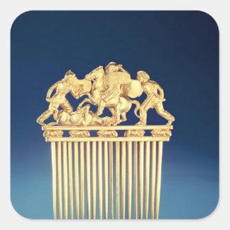 Frente de un peine de Scythian Pegatina Cuadrada