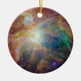 Frente: Ornamento de la nebulosa de Orión Adorno Navideño Redondo De Cerámica