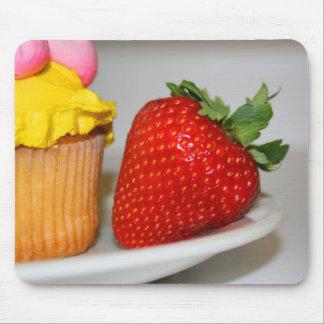 Fresa y un mollete Mousepad Alfombrilla De Raton