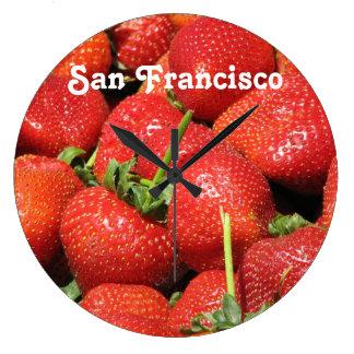 Fresas de San Francisco Reloj Redondo Grande