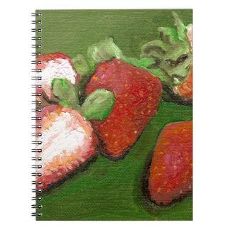 Fresas frescas libros de apuntes con espiral