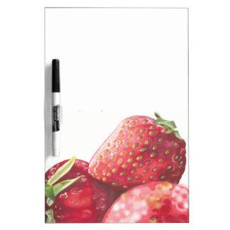 Fresas frescas pizarra blanca