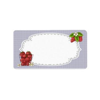 Fresas que conservan la etiqueta etiqueta de dirección